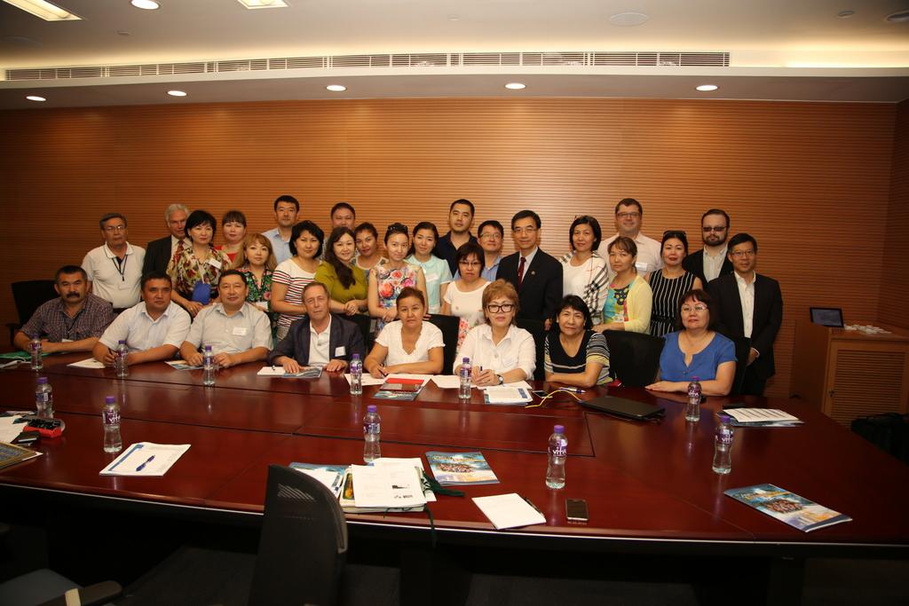 "Seminar series ""Entrepreneurship University"" and ""Research University"""