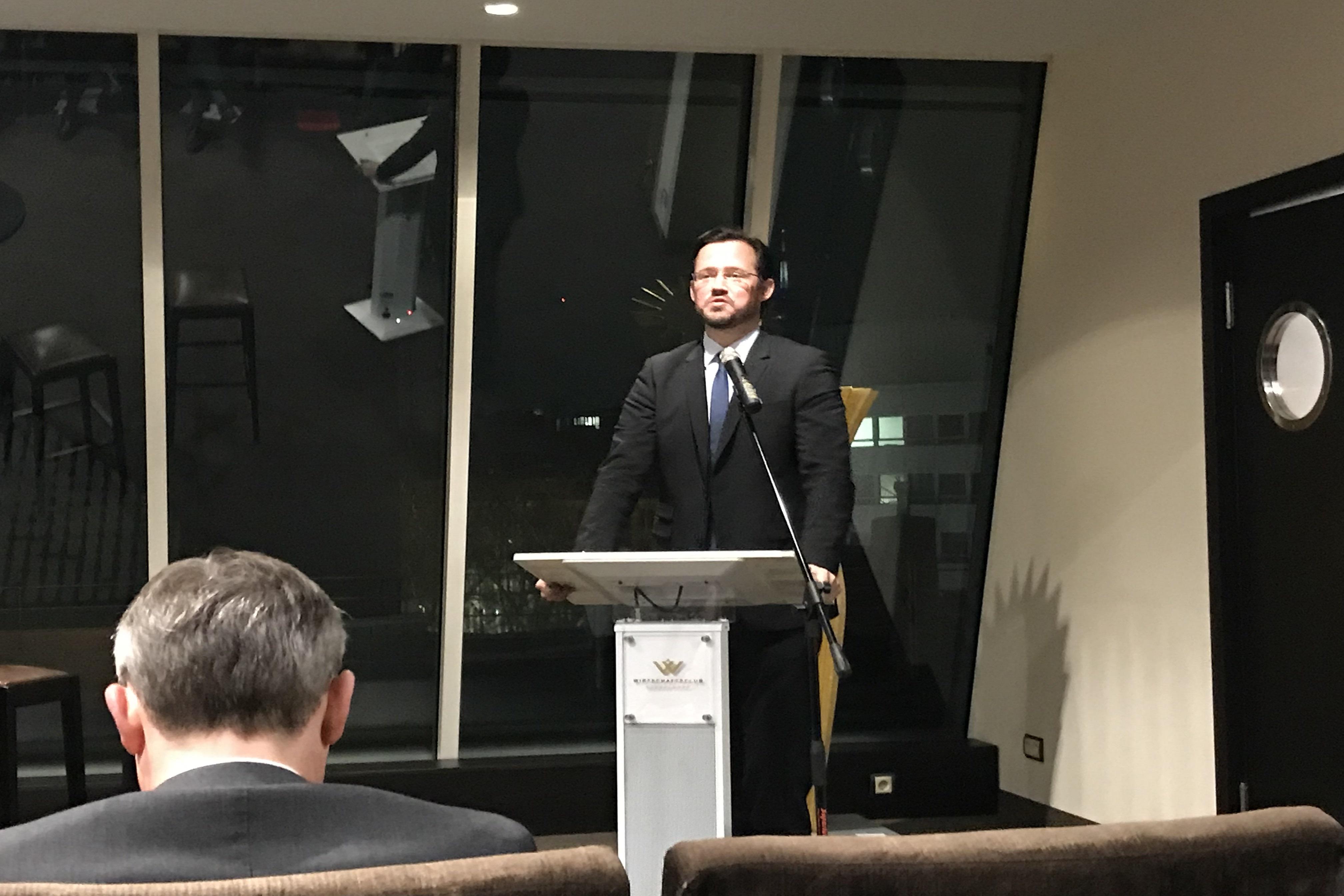 Führungkräfte der INTAMT-Akademie nahmen an einem Geschäftstreffen im Wirtschaftsclub Düsseldorf teil